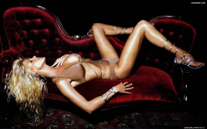 model Victoria Silvstedt