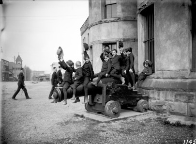 Boys on a gun, Beatty Street. VPL_6871