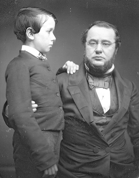 469px-Edwin-Stanton-and-son