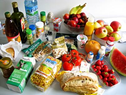 """Tasty Food,"" by Flickr user epSos.de. Licensed CC BY."