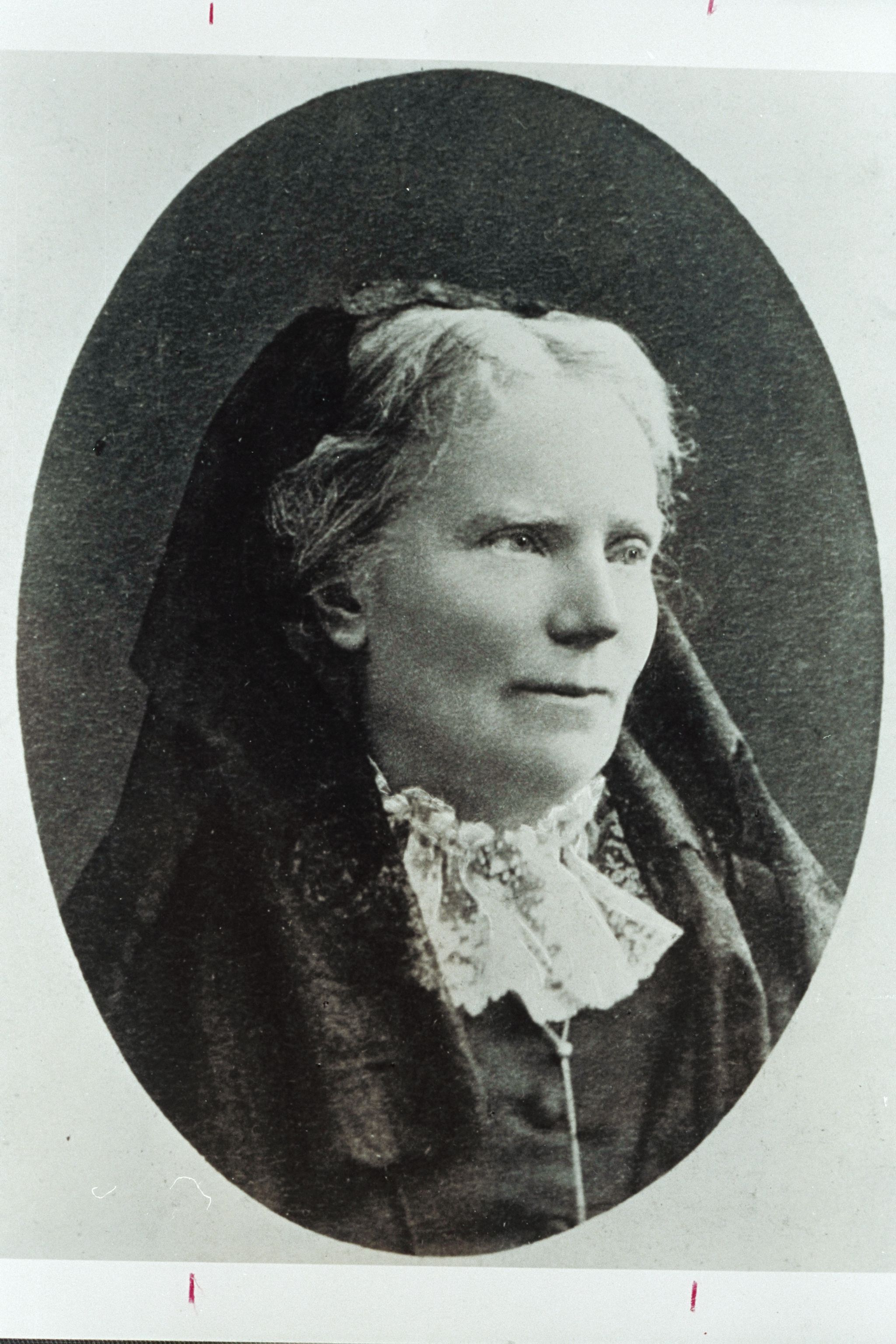 a history of elizabeth blackwell the first women doctor When the students at geneva medical college voted in jest to admit a woman, they unwittingly paved the way for elizabeth blackwell's trailblazing career.